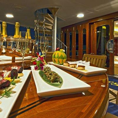 Legend Yacht Main Deck Aft - Detail