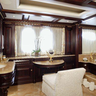 Freedom Yacht Master Bathroom