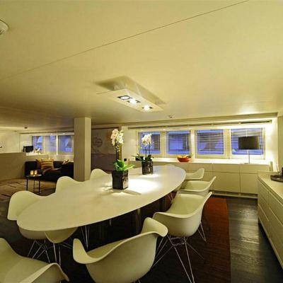 Berzinc Yacht Indoor dining and main salon