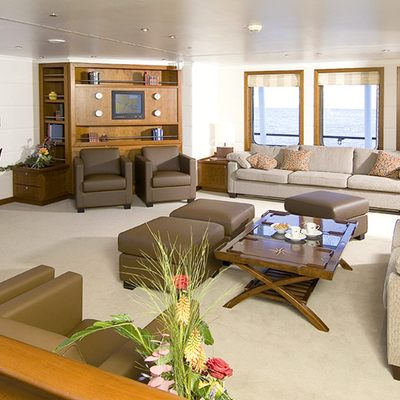 Hanse Explorer Yacht Main Lounge & Bar