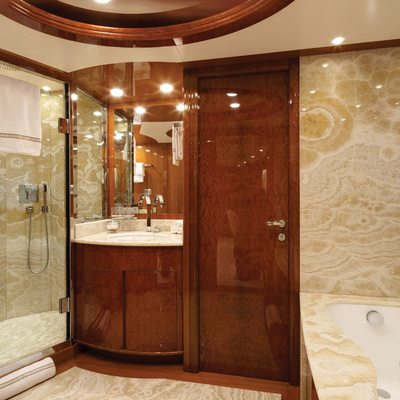 Baron Trenck Yacht Master Bathroom