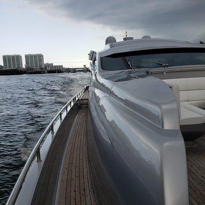 YCM 90 Yacht