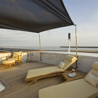 Legend Sundeck - Loungers