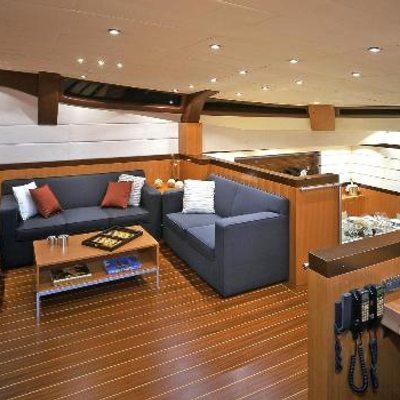 Mumu Yacht Deck Salon