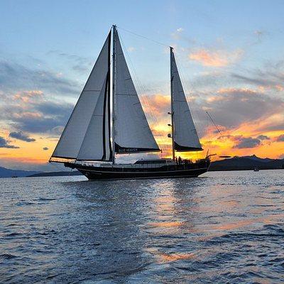 Blue Heaven Yacht