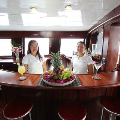 Douce France Yacht Saloon Bar & Crew