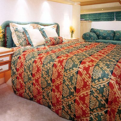 Forty Love Yacht Guest Stateroom