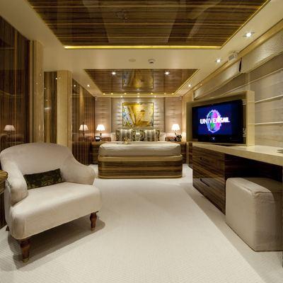Vertigo Yacht Queen Stateroom - Overview