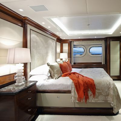 Seanna Yacht Red Guest Stateroom - Overview