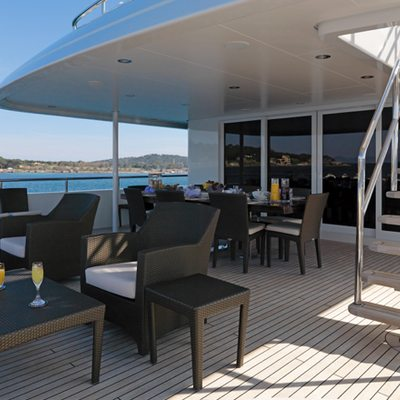 My Little Violet Yacht Deck Dining