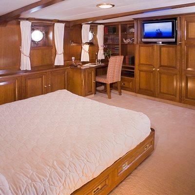 Fleurtje Yacht Master Cabin