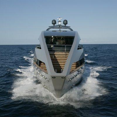 Ocean Emerald Yacht Running Shot - Bow