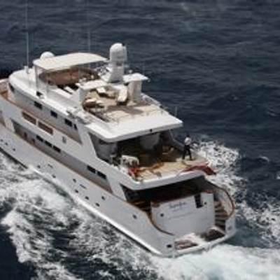 Superfun Yacht Running Shot - Rear View