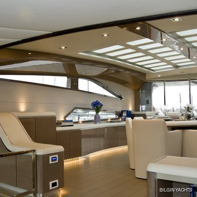 RL Noor Yacht Main Salon