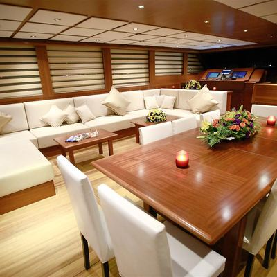 Mezcal 2 Yacht Main Salon Dining