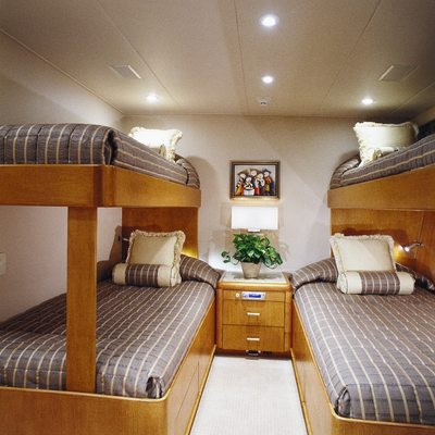 Seacall Yacht Twin Stateroom