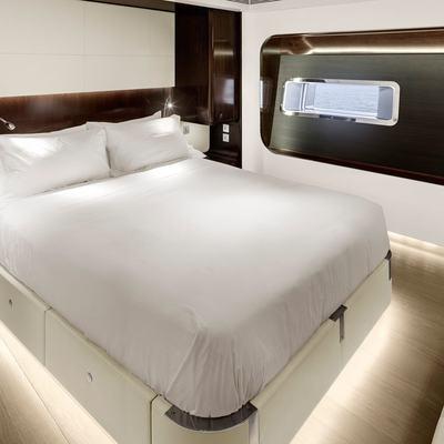 Vertigo Yacht VIP Stateroom