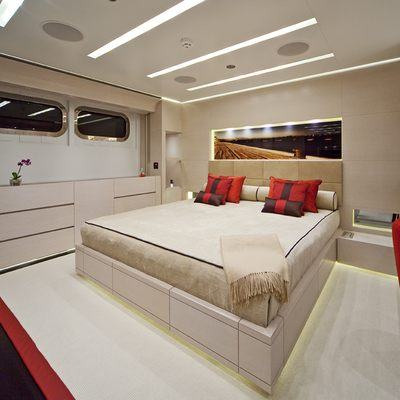Baraka Yacht Red Guest Stateroom
