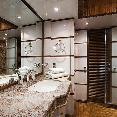Princess Iolanthe Yacht Guest Bathroom