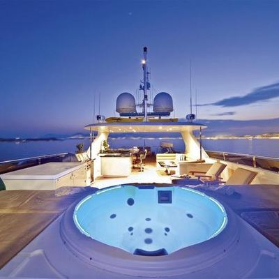 One More Toy Yacht Jacuzzi