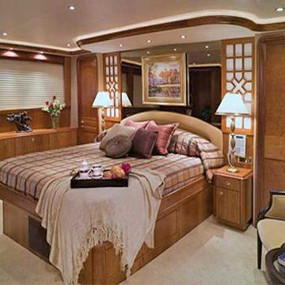 Arms Reach Yacht Master Stateroom