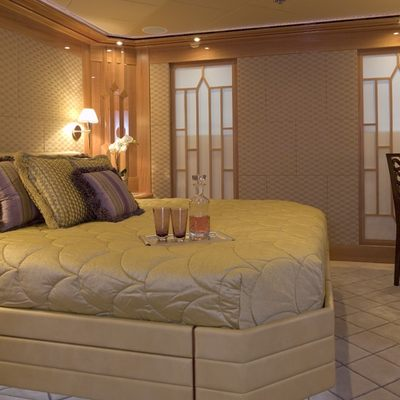 Lady Sheridan Yacht Guest Stateroom - Port