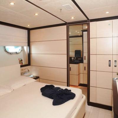 Michka V Yacht Master Stateroom