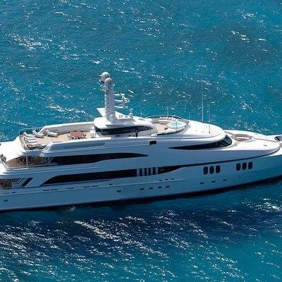 Diamond Yacht Running Shot - Aerial View