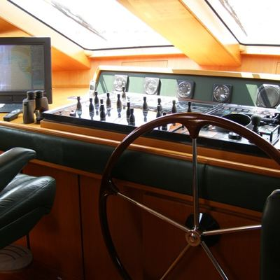Paradis Yacht Bridge
