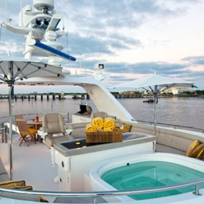 Sojourn Sun Deck and Jacuzzi