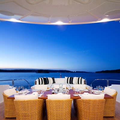 Lisa IV Yacht Sundeck Seating