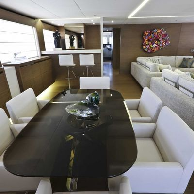 Ipanemas Yacht Dining Salon