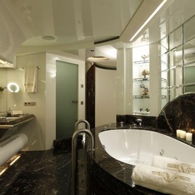 Vera Yacht Master Bathroom