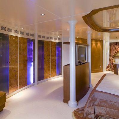 Elegant 007 Yacht Master Stateroom