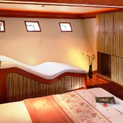 Orion Yacht Master Stateroom - Seating
