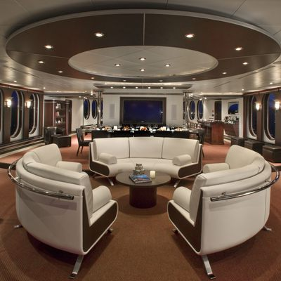 Global Yacht Dining Seating