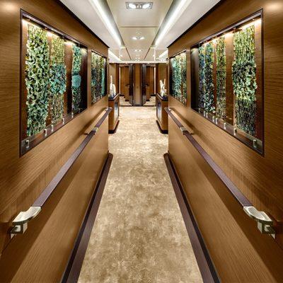 Kokomo Yacht Hallway