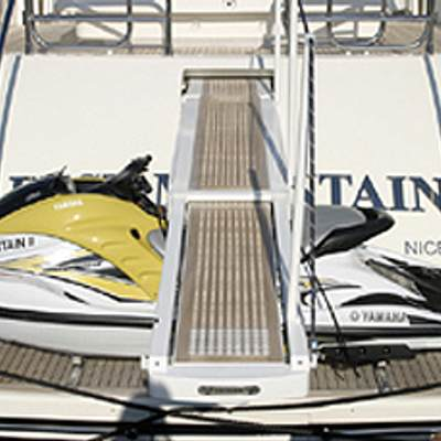 Best Mountain Yacht Jetski