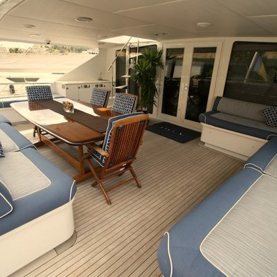 DOA Yacht Aft Deck Seating