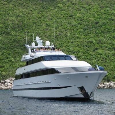 Ladyship Yacht Bow