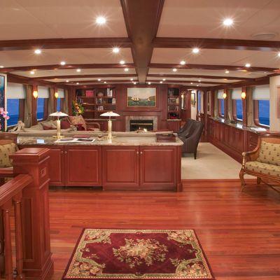 Stargazer Yacht Salon - Overview