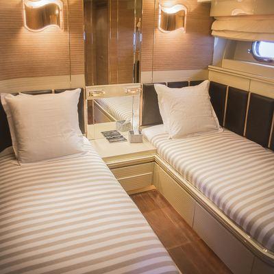Chamade Yacht
