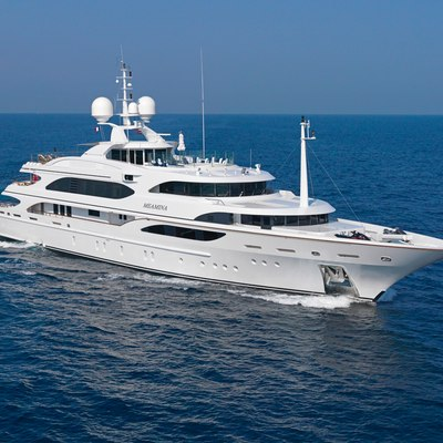 Meamina Yacht Side View