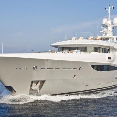 Revelry Yacht Running Shot