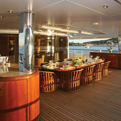 Capri I Yacht Deck Seating