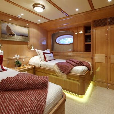 Marie Yacht Twin Stateroom