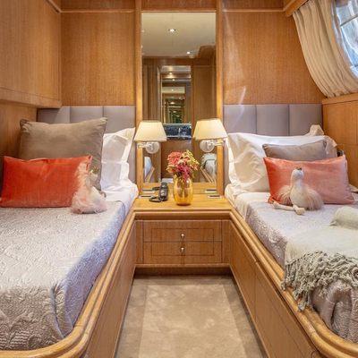 Hammerhead Yacht