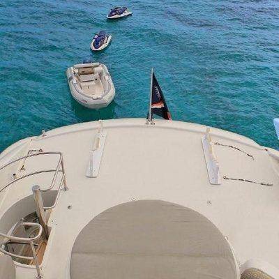 Cedar Island Yacht