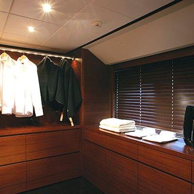 Annamia Yacht Wardrobe