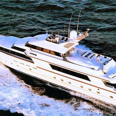 Le Montrachet Yacht Running
